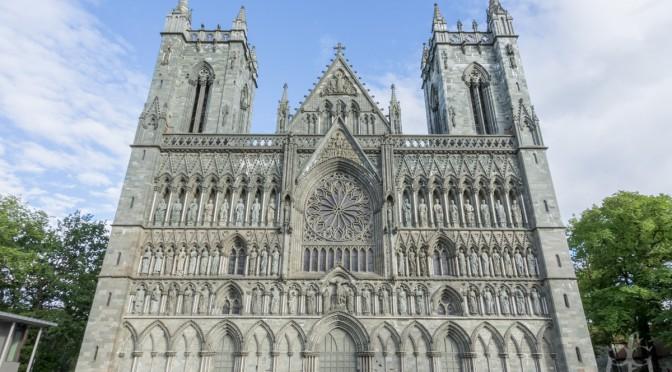 Nidaros Cathedral, Trondheim: ~4 gigapixel image
